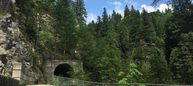 Walking the Othello Tunnels