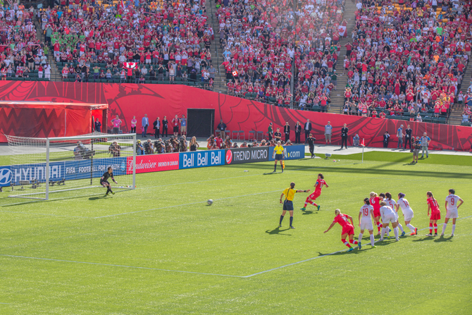 One of Canada's best Soccer players: Christine Sinclair's penally shot goal