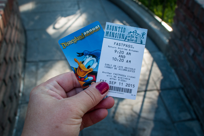 FastPasses-Disneyland