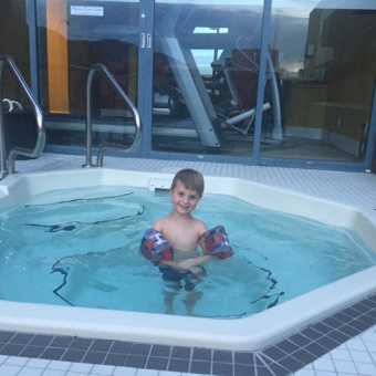 Hot-Tub-Doubletree-Kamloops