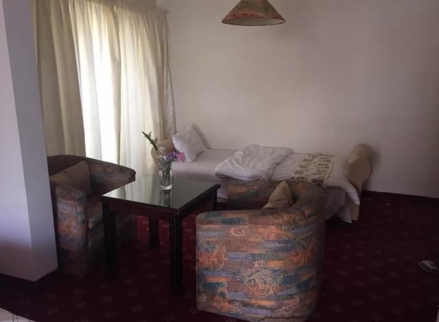 Edom Hotel Jordan Petra REview