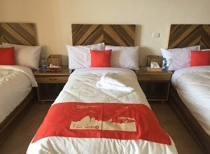 Dana Guest House Review02