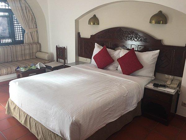 Queen bed in Junior Suite