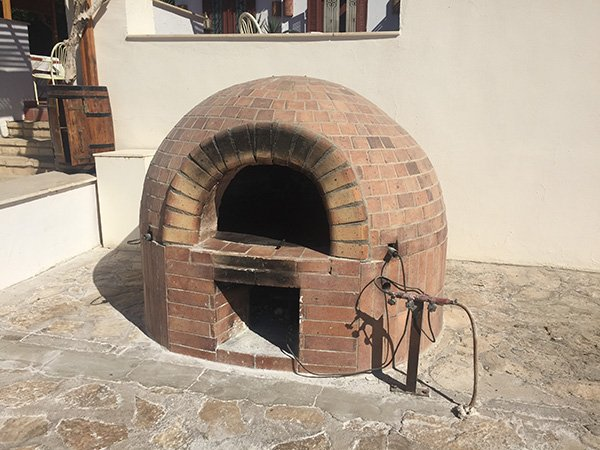Bread is cooked here
