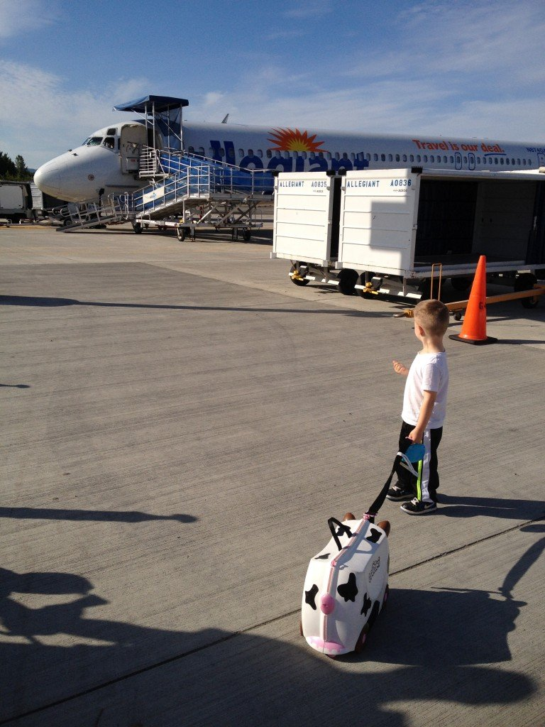 How To Breeze Through Airport Security With Kids In Tow