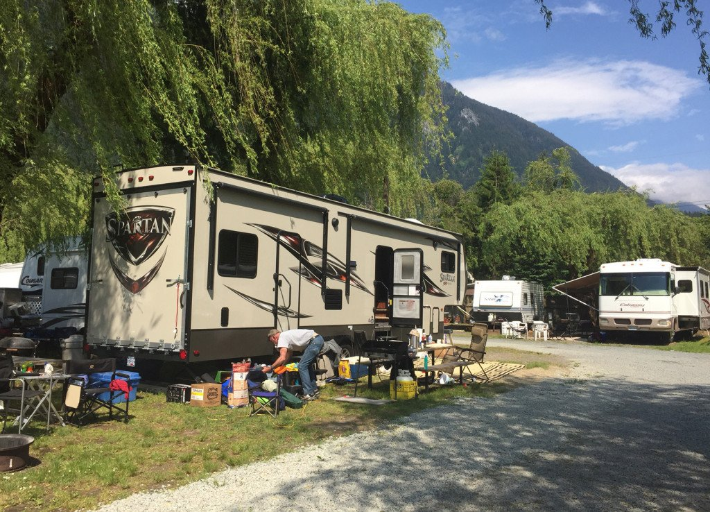 """Glamping"" in Action at Kawkawa Lake Campground"