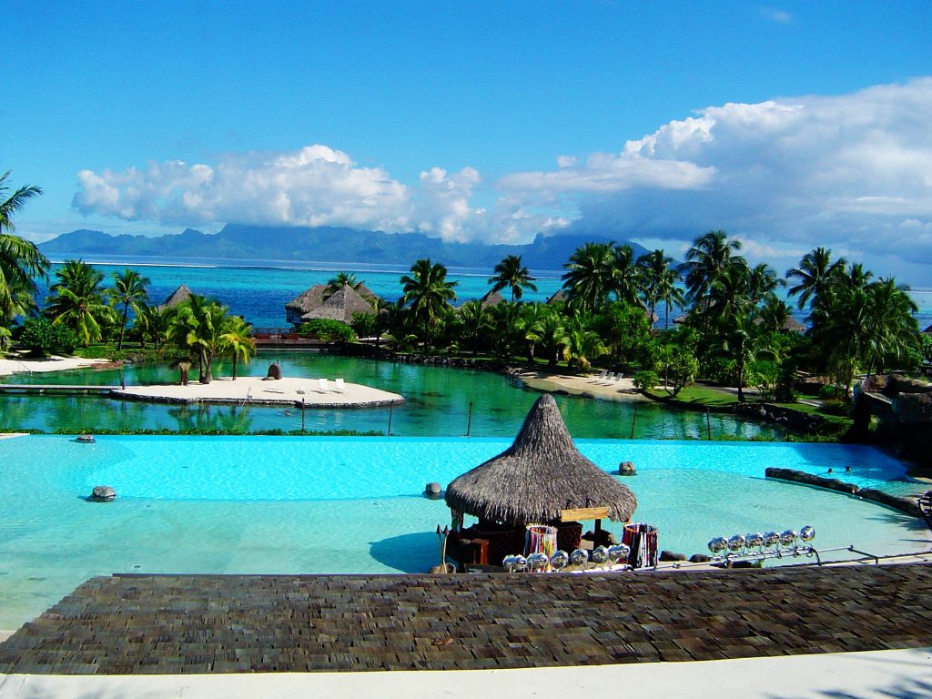 Intercontinental Tahiti carpe diem travel blog