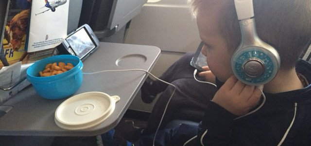 5 Tips to Survive a Toddler's First Flight