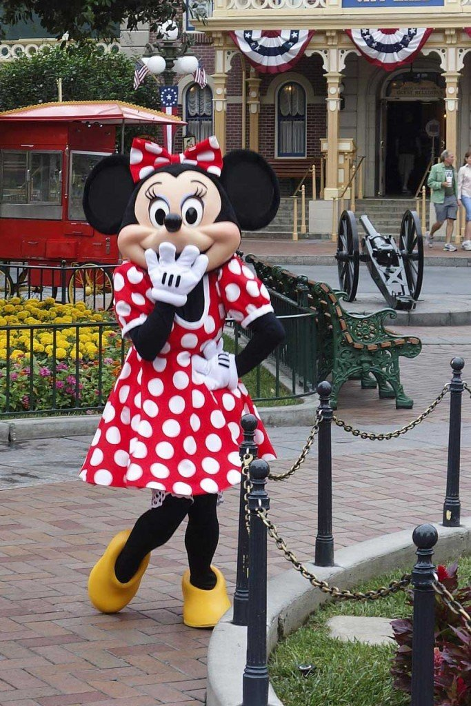 Travel Blogger Share 30 Best Disney Tips with Carpe Diem OUR Way