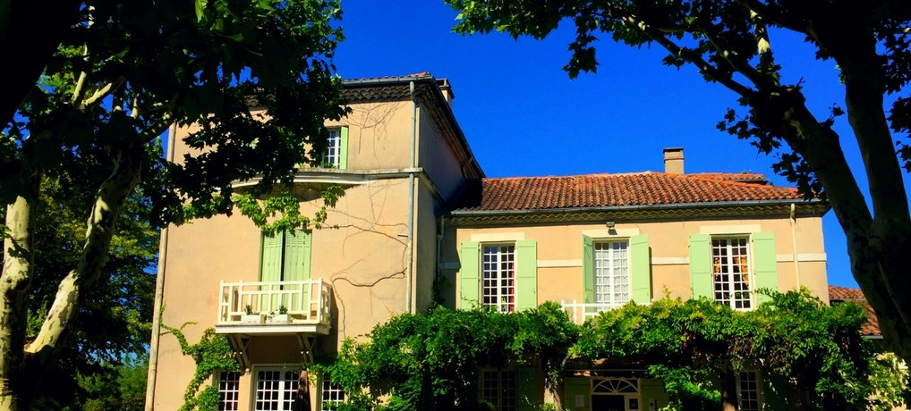 France Family Holidays Hotel L'Hermitage Review Provence France B&B