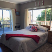 AirBNB Auckland Bucklands Beach Review18