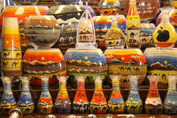what is cheap in Dubai Souvenirs