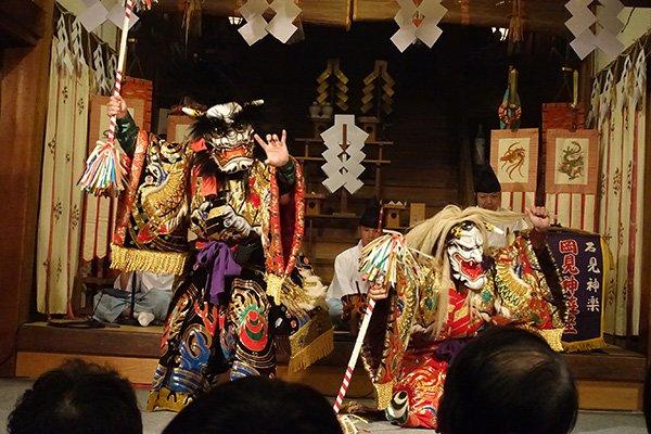 Iwami Kagura   Visiting Japan