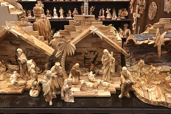 Olive Wood carvings make great things to buy in Israel